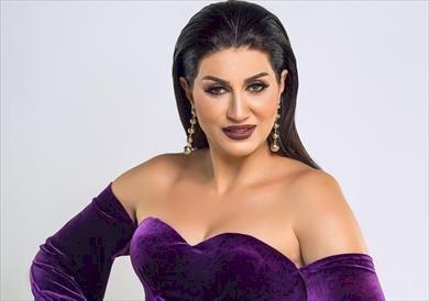 بالفيديو ..وفاء عامر تطلب من الجمهور  أختيار أثاث الشالية الخاص بها